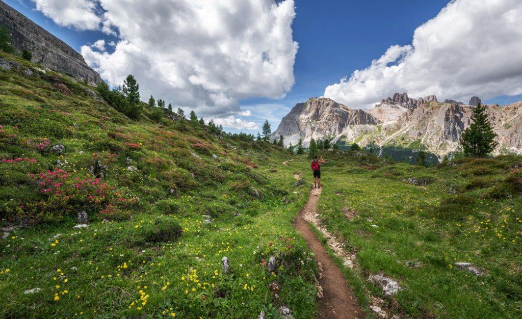 à l'aventure en montagne